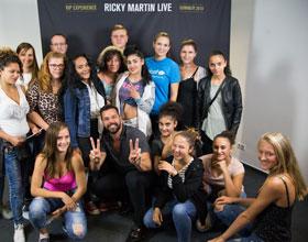 Magyar gyerekeket fogadott Ricky Martin