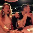 Volt párjára mutogat Amber Heard